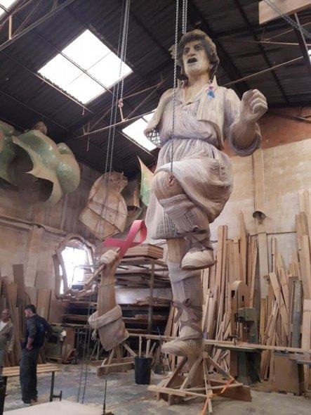 La figura del Palleter (Falla Palleter-Erudito Orellana 2018) en el taller de Manolo García