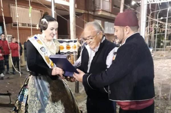 Vicente Caballer se jubila en la Falla Sant Valerià (Torrent)