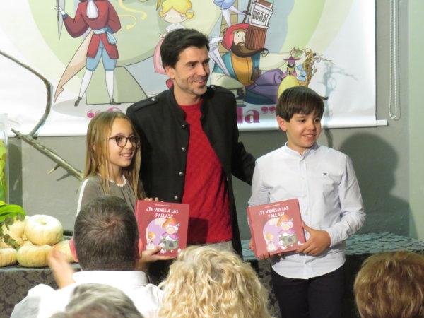 """Presentación del libro """"¿Te vienes a las Fallas?"""", de Sergio Ama"""
