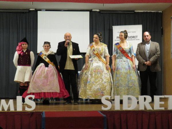 La Falla Plaça del Patriarca recoge su premio Sidret