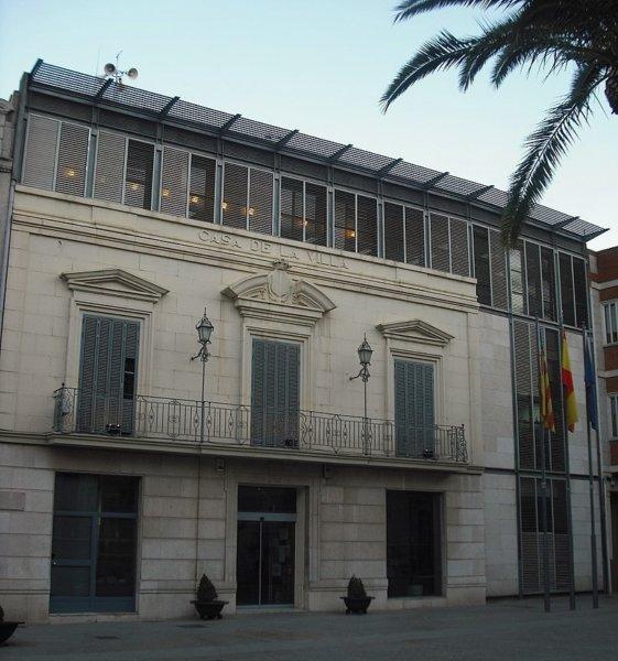 Ayuntamiento de Massamagrell (foto: Enrique Íñiguez Rodríguez / Wikipedia)