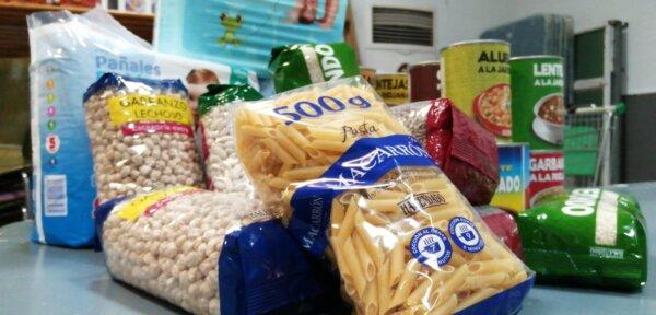 Solidaridad, donaciones en la Falla Pere Cabanes-Joan XXIII