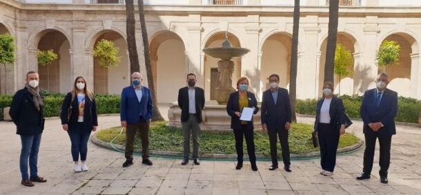 Representantes del Espacio Cultural de las Fallas, en la Delegación del Gobierno de la Comunitat Valenciana